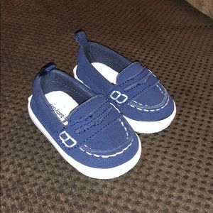 NEW WITHOUT TAGS -baby GAP infant loafer